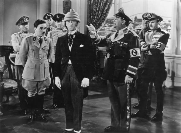 Charles Chaplin, Billy Gilbert