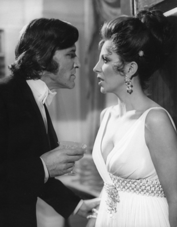 Tom Bell, Joan Collins