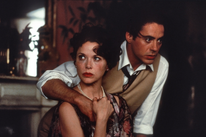 Annette Bening, Robert Downey Jr
