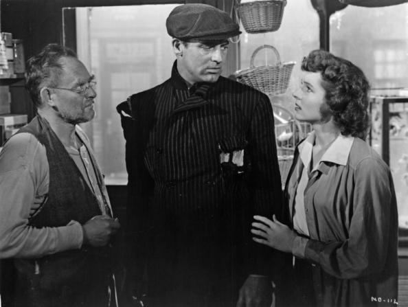 Cary Grant, Roman Bohnen, Jane Wyatt