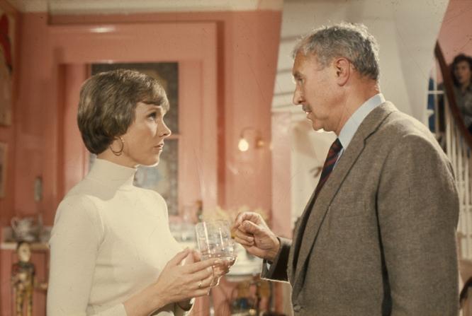 Julie Andrews, Anthony Quayle