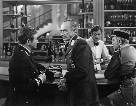 Claude Rains, Conrad Veidt, Leonid Kinskey