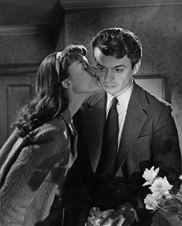 Audrey Hepburn, Serge Reggiani