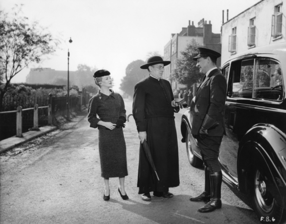 Joan Greenwood, Alec Guinness, Sidney James