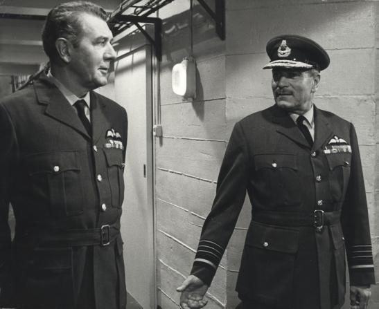 Michael Redgrave, Laurence Olivier