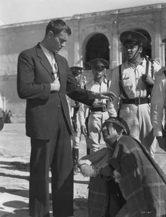 Henry Fonda, J. Carrol Naish