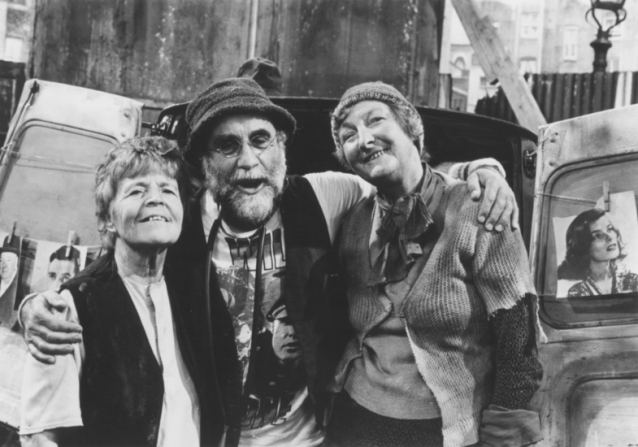 Patricia Hayes, Warren Mitchell, Pat Coombs