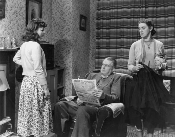 Marjorie Rhodes, Jack Warner, Norah Gaussen