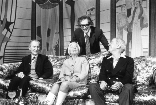 Peter Cushing, Dilys Powell, Denis Norden, Burgess Meredith