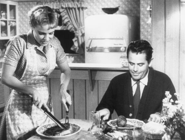 Jocelyn Brando, Glenn Ford