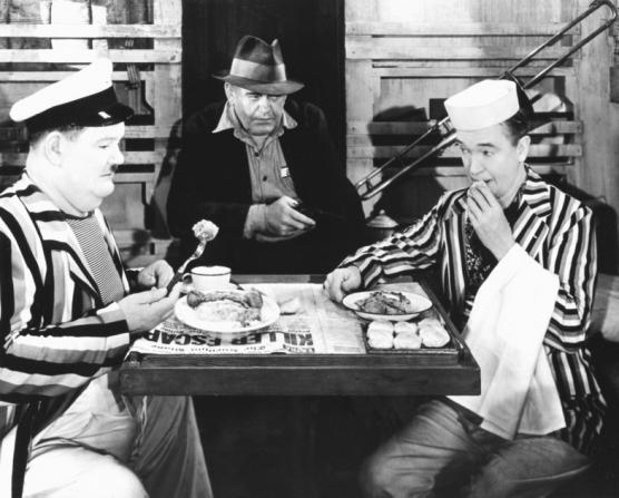 Oliver Hardy, Stan Laurel, Rychard Cramer