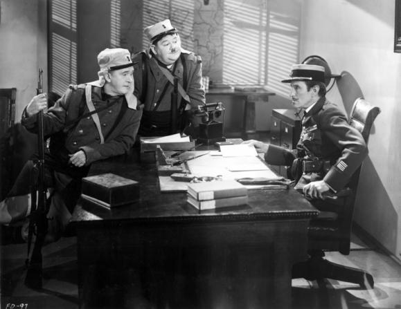 Stan Laurel, Charles B. Middleton, Oliver Hardy
