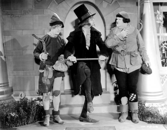 Henry Brandon, Stan Laurel, Oliver Hardy