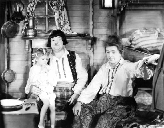 Stan Laurel, Oliver Hardy, Darla Hood