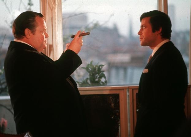 Orson Welles, Oliver Reed