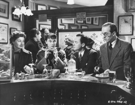 Helen Cherry, Audrey Hepburn, Derek Farr, Brian Oulton