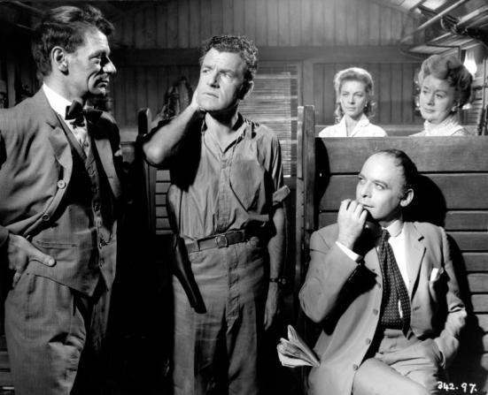 Eugene Deckers, Kenneth More, Lauren Bacall, Ursula Jeans, Herbert Lom