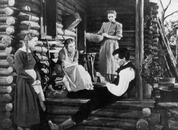 Dorris Bowdon, Alice Brady, Arleen Whelan, Henry Fonda