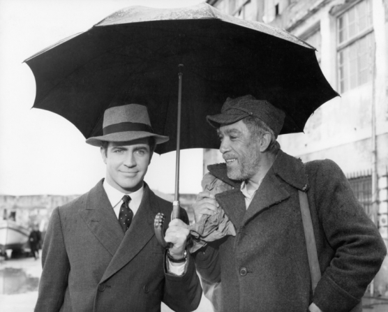 Alan Bates, Anthony Quinn
