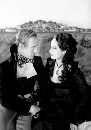 Leslie Howard, Merle Oberon