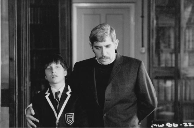 Hugo Keith-johnston, Frank Finlay