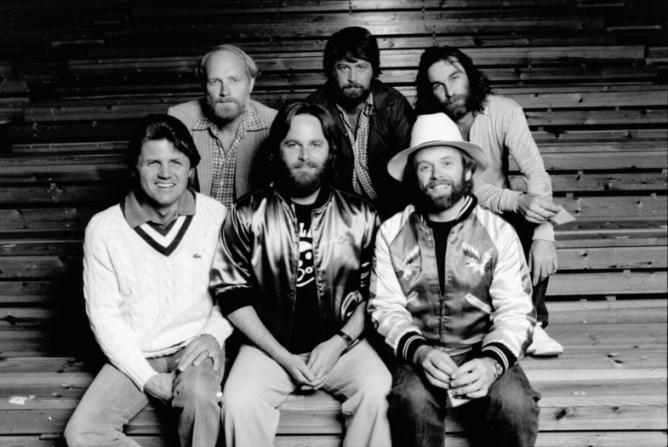Bruce Johnston, Mike Love, Carl Wilson, Brian Wilson, Al Jardine, Dennis Wilson