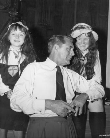Sally Bulloch, Cary Grant, Gilda Emmanueli