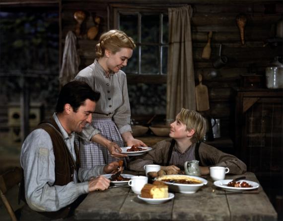 Gregory Peck, Jane Wyman, Claude Jarman Jr