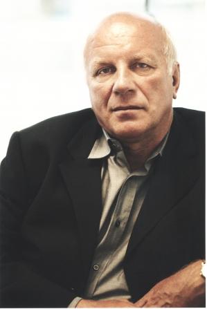 Greg Dyke, Robert Rios