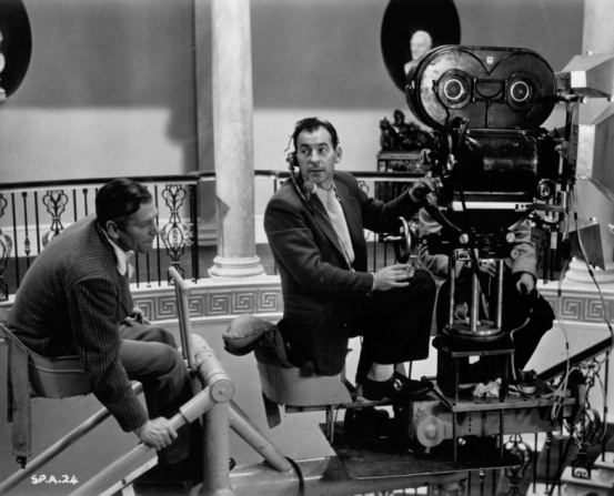 Laurence Olivier, Denys Coop