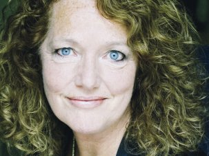 Louise Jameson introduces Paddington