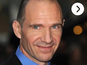 Video: Ralph Fiennes on the red carpet - image