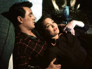 All that mise en scène allows: Douglas Sirk's expressive use of gesture