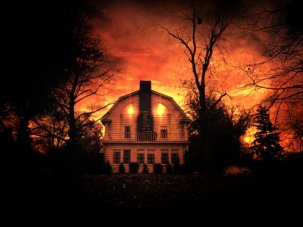 10 great haunted house films - image