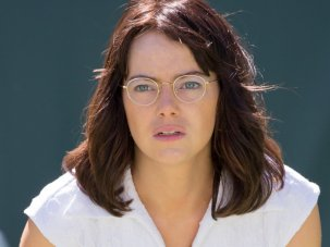 Battle of the Sexes review: Emma Stone and Steve Carell are a crowd-pleasing match