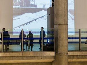 Canary Wharf Screen: film art on the underground - image