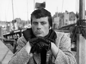 Boats, pubs and salt air: filming The Damned in Dorset with Oliver Reed - image