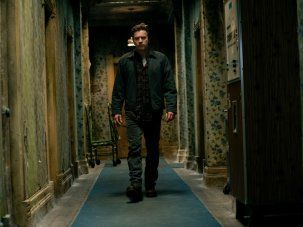Doctor Sleep review: The Shining's Danny Torrance returns to the Overlook Hotel - image