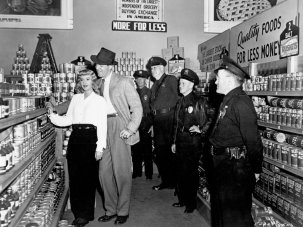 On this day in 1944: Double Indemnity premiered