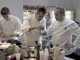 Film review: El Bulli  Cooking in Progress - image