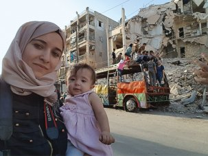 For Sama review: a mother-and-daughter's-eye view of the devastation of Aleppo - image