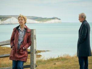 Hope Gap review: Annette Bening puts some puff into a little English separation story