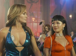 Hustlers review: J-Lo dazzles as a lupine booty queen - image