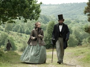 Dressing Dickens: costumes for The Invisible Woman - image