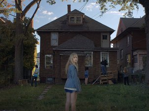 It Follows – first look - image