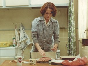Keeping a distance: Chantal Akerman's Jeanne Dielman - image