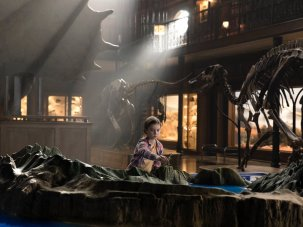 Jurassic World: Fallen Kingdom review – dinosaurs go gothic