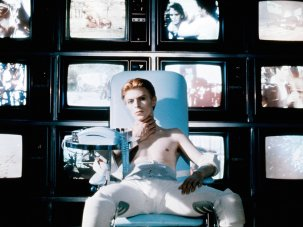 Scene by scene: my secrets of shooting David Bowie in The Man Who Fell to Earth - image