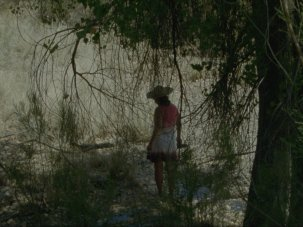 El mar la mar review: a shape-shifting portrait of the US desert border, cloaked in dread