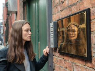 Official Secrets review: Keira Knightley shoulders a true-life Iraq War whistleblowing thriller